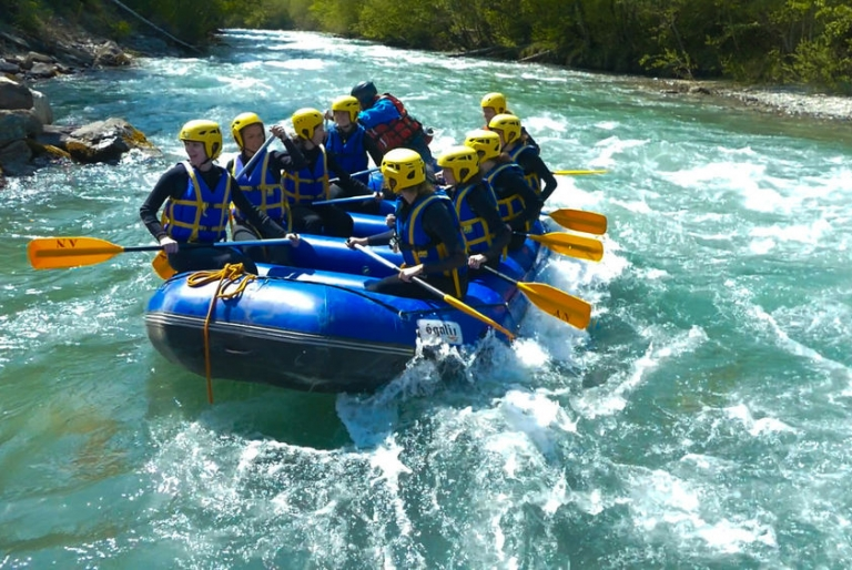Rafting in Annecy River